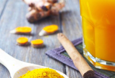 Советы по уходу за кожей: антивозрастной напиток из Куркумы.